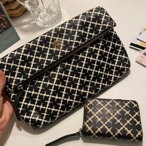 Crossbody taske som er brugt meget lidt. Pung som er brugt meget, men den er i god stand. Skriv endelig for flere billeder