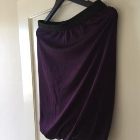 Twisted nederdel fra Alexander Wang. Er som ny.
