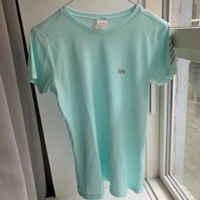 Helly Hansen trænings t-shirt str. M.  Aldrig brugt