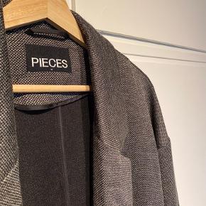 PIECES jakke