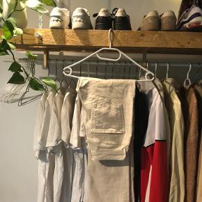 ❌BYD❌  Vero Moda bukser  W: 28 L: 32  Send pb for billede med bukserne på📸
