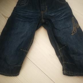 Fine shorts str 122, some nye.
