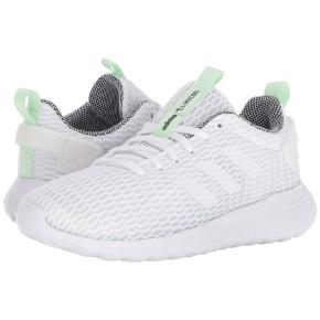 Lækre Adidas Cloudfoam Lite Racer. Nypris 649 kr. Næsten som nye - kun brugt få gange. Skoene er super komfortable! OBS skoen er en str. 38 2/3.  Se også mine andre annoncer.  Se også mine andre annoncer 🍊