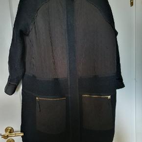 DAY Birger et Mikkelsen frakke