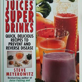 📚 To rigtig gode juice bøger.  Mads Bo bogen er lidt 'bulet' da den har været våd på forsiden, ellers er begge i super flot stand! Vejl udsalgspris hhv 169,- og 149,- Sælges samlet for 75PP