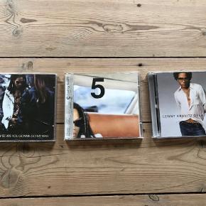 Pris er pr stk Sælges samlet for 100kr  Lenny Kravitz  Are you gonna go my way 5 Greatest hits   I rigtig god stand, uden ridser. Kun afspillet få gange.   Sender gerne, køber betaler porto. Kan også afhentes på Frederiksberg.