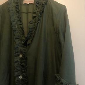 Trois Pommes, tunika kjole brugt en enkel gang, derfor rigtig fin stand.