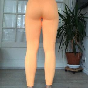 Ultra seamless i neon orange