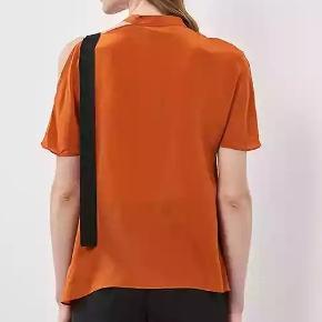 Asymmetrisk silketop.  #30dayssellout