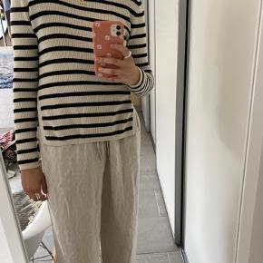 GANNI sweater/trøje str. S. Ingen tegn på slid.🌾fin slids i siderne