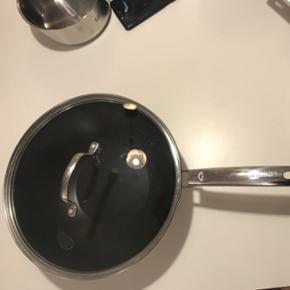 1 x pande 1 x grill pande 1 x wok Fra Thomas Rosendahl Group