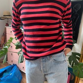 Sort/mørkeblå og pink, god stand