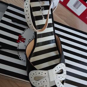 Lola Ramona heels