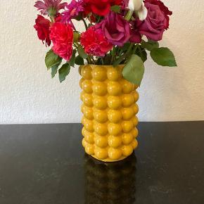 Super fin vase fra H&M Home. Kan afhentes i Aarhus C.