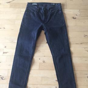 Jeans fra Jack & Jones.  God stand.  Str. 29/32 550 kr.