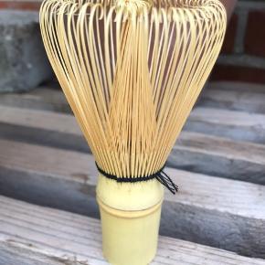 Piskeris i bambus til at lave det populære Japansk Matcha Te. Mærke : KISSA