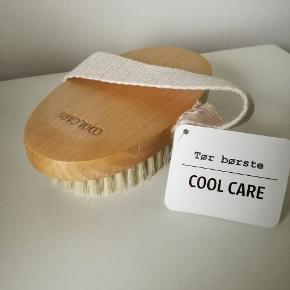 Tør børste fra Cool Care. Nypris 119,-