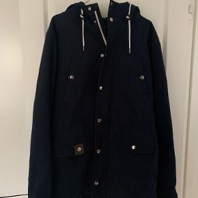 RVLT frakke