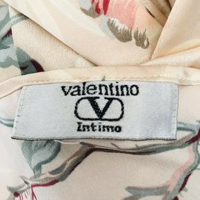 Så smuk vintage Valentino cardigan/robe sælges!