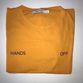 Fin orange t-shirt fra na-kd 🌸