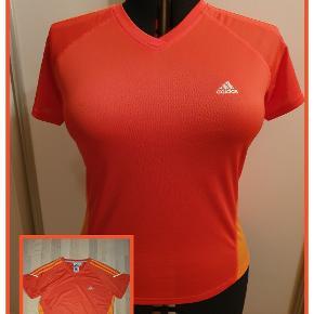Adidas bluse str. 46 Celina 365 Brystmål 108 cm Længde 66/69 cm Ikke brugt Pris 80,- pp