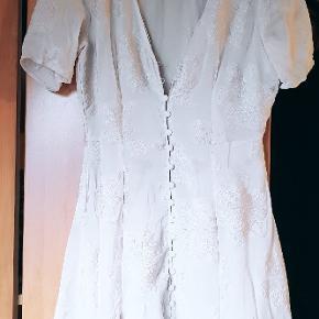 Sød kjole fra H&M :-) 399 fra ny. Byd gerne, piger ☺
