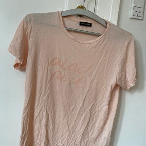 Super blød Stine Goya T-shirt  Købt i sommeren 2018   Kan kun tåle håndvask