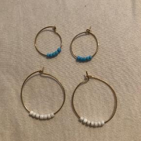 Sælger disse flotte hjemmelavet øreringe Design dine egen hvis du har nogen ideer:) Np: 50kr Fås i alle farver