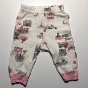Bukser i uld - str. 60 (56/62)Fra røg- og dyrefrit hjem Kun vasket i neutral