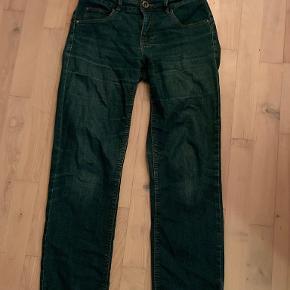 VRS jeans