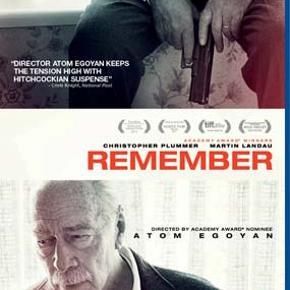 0398 - Remember (Christopher Plummer) (Blu-ray)  Dansk Tekst - I FOLIE  Remember  Holocaust-overleveren Zev (Christopher Plummer) har i en alder af 90 besluttet sig for at hævne fortidens forbrydelser. Den gamle mand forlader plejehjemmet og rejser hele vejen til USA for at dræbe nazisten Rudy, der myrdede Zevs familie i koncentrationslejren. Hænderne ryster, og synet er ikke, hvad det har været, men Zevs hukommelse fejler ikke noget. Krigsforbryderen skal betale den ultimative pris. Atom Egoyan har instrueret.  Tekst fra pressemateriale