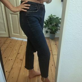 Mørke blå jeans
