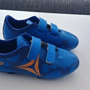 Som nyt fodbold sko str 31