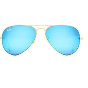 Sælger min blå Ray-Ban solbriller fordi jeg aldrig får dem brugt. ALT følger med og der er kun få små riser på glasset! Hvis de skal sendes betaler køber fragt.