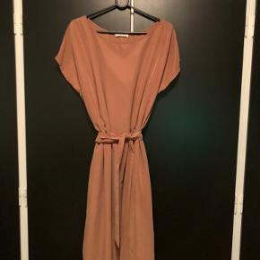 Beaumont kjole