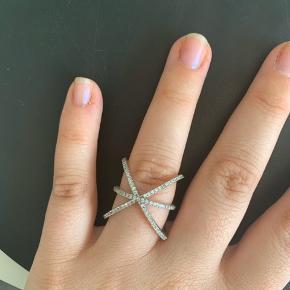 Hugau Ring