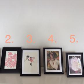 "Billeder inkl. rammer.  1. The Lord With The Costumes of Vaman - Knows as ""Vaman Vesha"" - 15x20 cm. 45 kr. ➡️solgt✔️  2. Kelly Hyat - 'lyserød fugl' - 20x15 cm. ~ 35 kr  3. Stilleben print - 15x20 cm. ~ 30 kr.  4. Gabrielle Münter - 'Self-Portrait' - 15x20 cm. ~ 45 kr. ➡️solgt✔️  5. Rie Klaaborg - Titel: 'Engle' fra 2010 - 17x12 cm. ~ 30 kr.  Plus porto.  Bytter ikke."