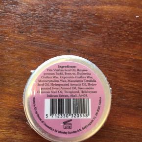 Super fin lipbalm sælges. Aldrig brugt, stadig i indpakning.