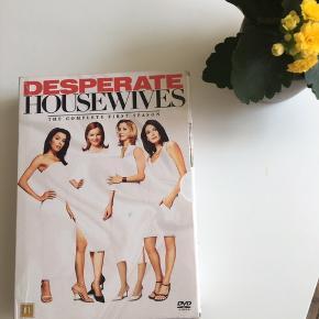 Hele sæson 1 af desperate housewifes 🎉