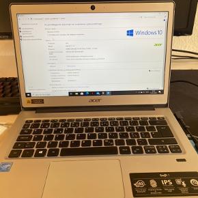 Acer Swift SF113-13 Jeg sælger denne bærbar, da behovet for den ikke er der længere. Der er tale om en Acer Swift SF113-13 Intel celeron N3350 1.10GHz 4 Gb RAM 119 GB lagerplads Den er ca. 3 år gammel og nyprisen dengang var omkring 6000,- Den virker perfekt til studie og hjemmebrug. Byd!