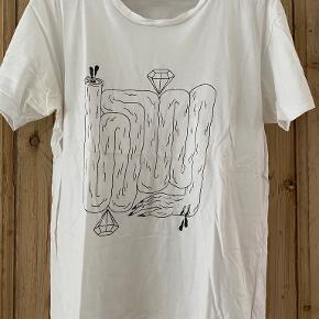 Yves Saint Laurent t-shirt