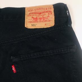 Vintage Levi's 501 i W33 L32