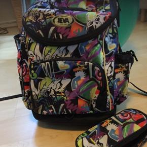 Jeva, skoletaske og tilhørende pennalhus