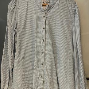 AJ117 Project skjorte
