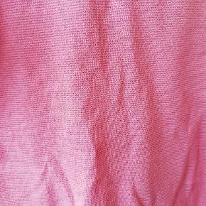 Lyserød t shirt med glimmer