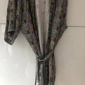 COSTER COPENHAGEN kimono
