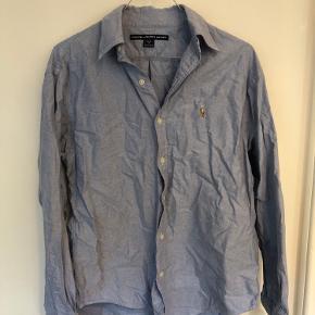 Skjorte fra Ralph Lauren Sport. XL. Lille i størrelsen.