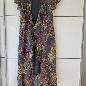 Showpo kjole
