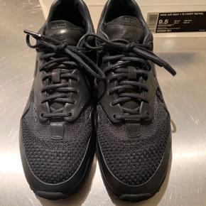 Nike Air Max 1 Flyknit Royal  Black/Black-Anthracite Noir/Anthracit/Noir  Str. 43  Original æske medfølger