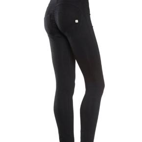 Helt nye WR.UP® High Waist Sort (N) str. 36/S. Nypris 789kr
